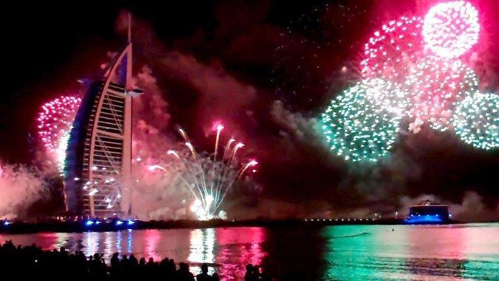 burg-khalifa-fireworks
